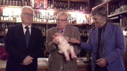 Pasqua di Bisceglie, Gioco con la bisnipotina e Alberto Zucchetta