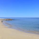 la spiaggia delle Cesine vicino alla quale sorge il nuovo relais Masseria Le Cesine;