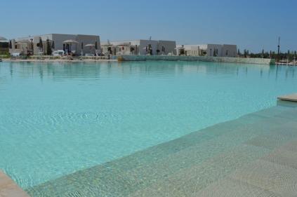 wrelaisMasseriaLeCesine-piscina-ok